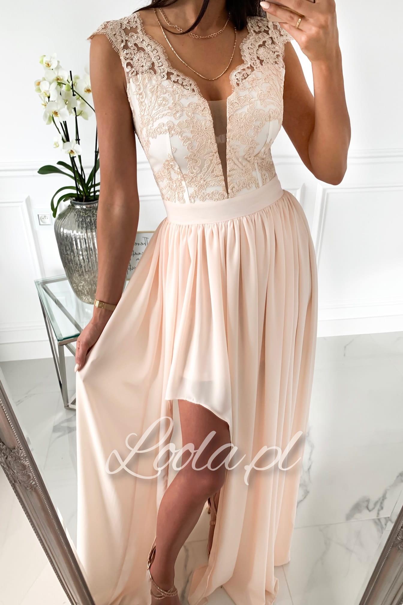 TAHIRA łososiowo ecru Długa sukienka maxi z koronką